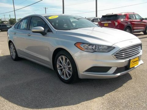 Pre-Owned 2017 Ford Fusion SE Front Wheel Drive Sedan